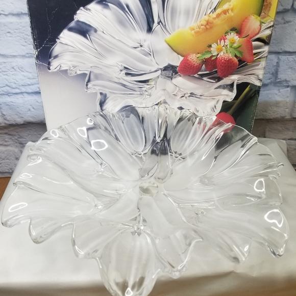 Mikasa Tulip Satin Platter
